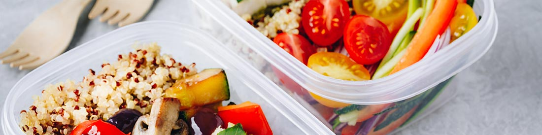 meal-prep-containers-with-quinoa-grilled-vegetable-wide