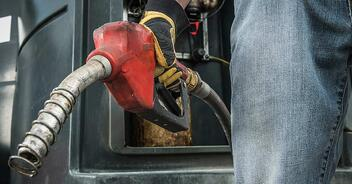 How Much Do Owner Operators Pay For Fuel Each Year?